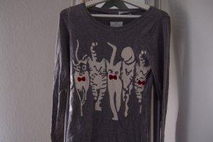 süßer Pullover in grau mit Katzen