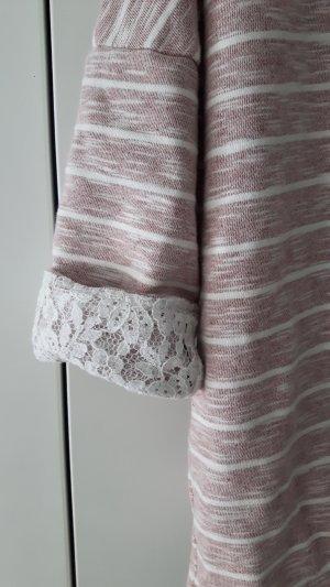 Süßer Pullover mit raffinierten Details, Größe M