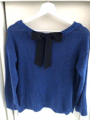 Süßer Pullover mit Schleife von Hollister