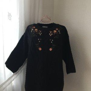 Süßer Pullover mit Stickerei von MANGO