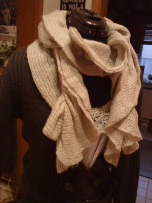 Knitted Scarf cream polyacrylic