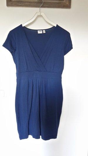 Süßes anschmiegsames Jersey Kleid