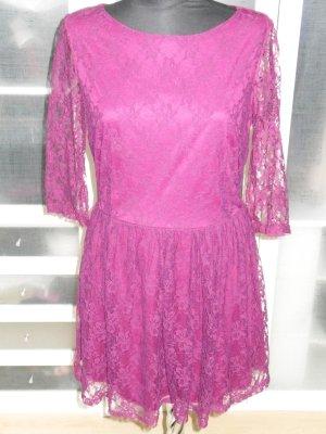 süßes ATMOSPHERE Spitzenkleid burgundy/violett Gr.40