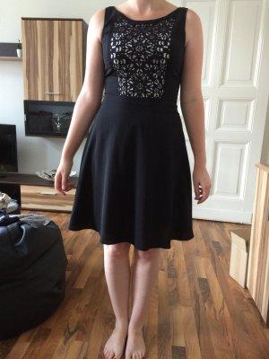 Süßes ausgestelltes Orsay Kleid