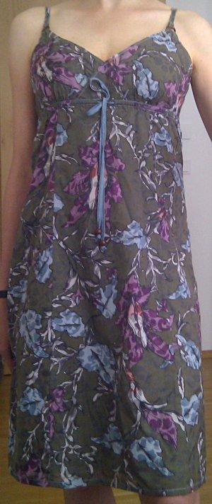 Süßes Babydoll-Kleid in floralem Design