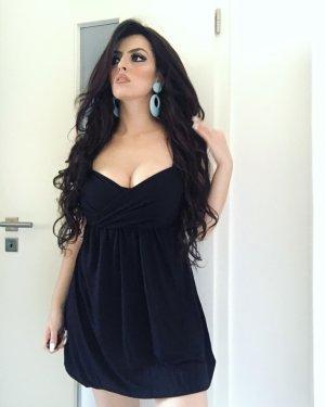 süßes ballonkleid in schwarz