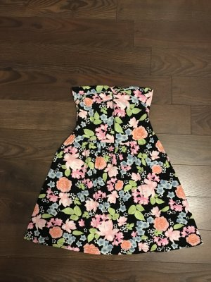 Süßes Bandeau Kleid