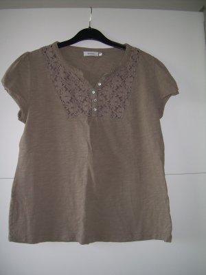 süßes beige-braunes T-Shirt von Yessica Gr. L 40-42 mit Spitze am Ausschnitt