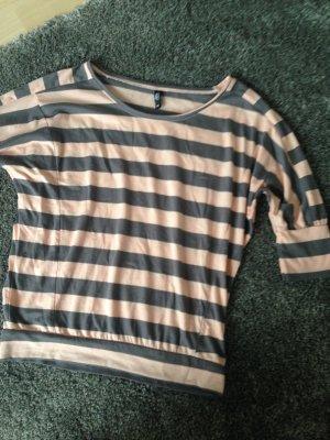 Süßes beige-grau-gestreiftes Shirt mit 3/4 Armen / ungetragen