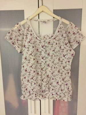 Süßes Blümchen-Shirt mit Spitze