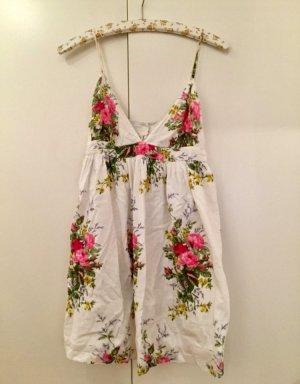 Süßes Blumen Kleid von Topshop