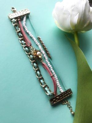 Süßes buntes Armband