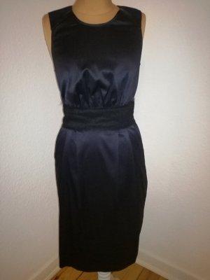 Süsses Cocktail Kleid von Pennyblack