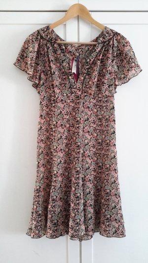 Süßes geblümtes Sommerkleidchen von Pepe Jeans