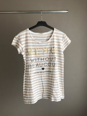 Süßes gestreiftes Shirt