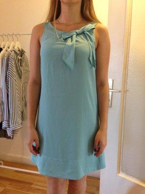 Süßes H&M Kleid mit Schleife in hellblau