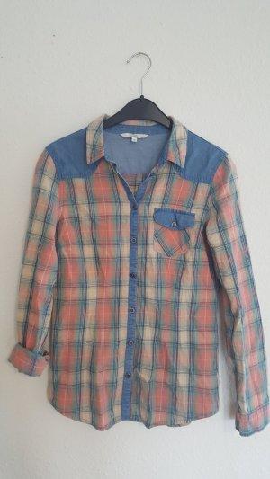 Chemise en jean bleu fluo-rosé