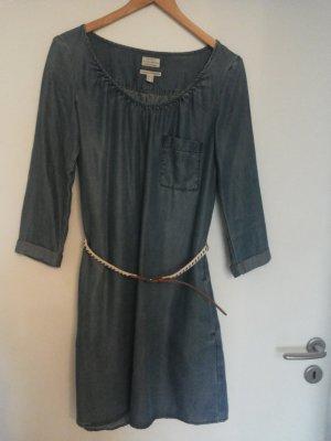 Süßes Jeanskleid mit Gürtel von Esprit
