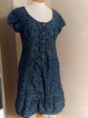 Süßes Jeanskleid von s.oliver