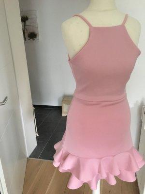 Süßes Kleid altrosa in 34 taillierte geschnitten macht super Figur