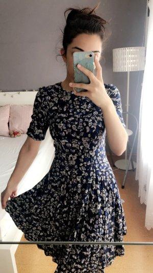 Süßes Kleid aus H&M
