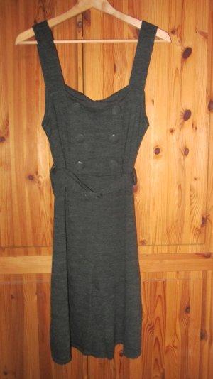 Süßes Kleid aus Wolle, grau – Gr. 40