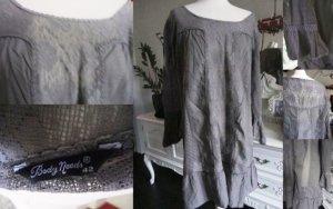 Süßes Kleid Body Needs braun, leichter Stoff, viel Spitze Gr. 42
