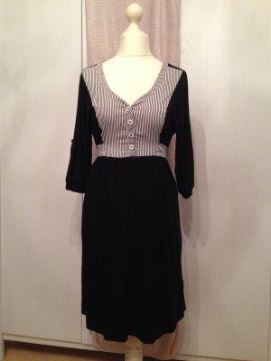 Süßes Kleid im Marine-Style von 365 sun☀️shine  Gr. S