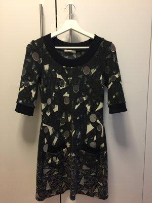 Süßes Kleid in S wie neu!!!