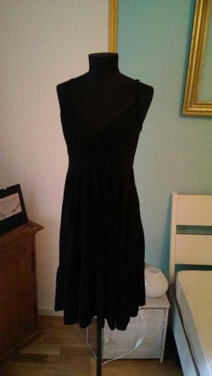 Süßes Kleid in schwarz
