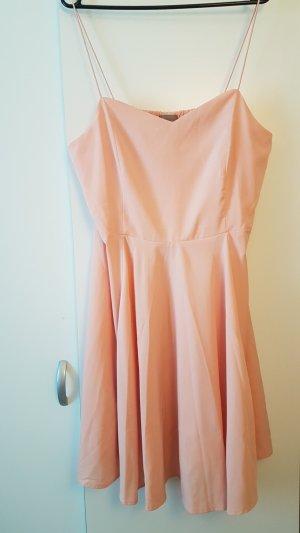 Süßes Kleid in verspieltem rosé von Vero Moda