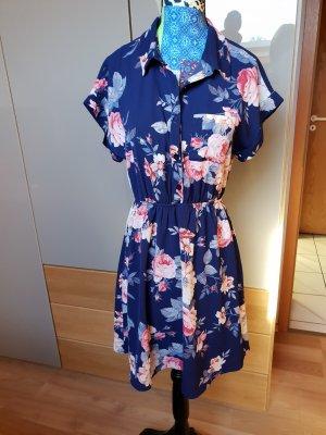 Süßes Kleid mit Blumenprint und Kragen