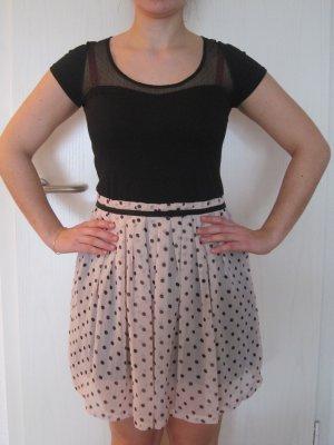 Süßes Kleid mit Punkten von 3 Suisses