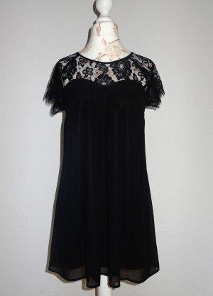 süßes Kleid mit Spitze von Gina Tricot