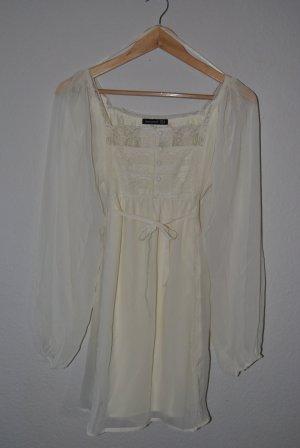 Süßes Kleid, Romantik-Look, cremeweiß