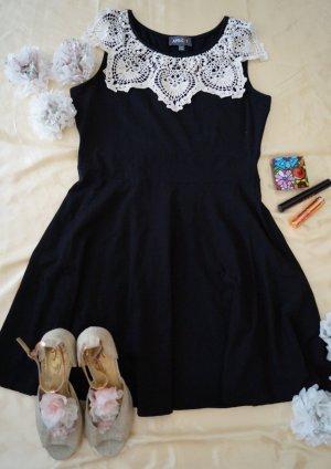 süßes Kleid von Apricot aus England, Größe M