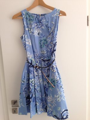 Süßes Kleid von Closet in Größe S