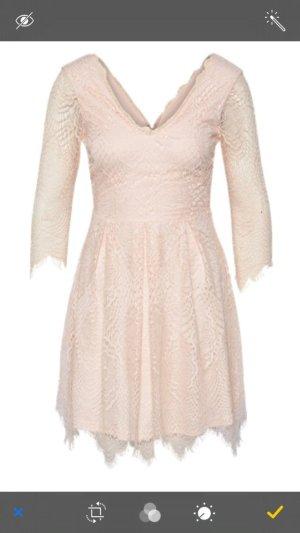 Süßes Kleid von Girls on Film