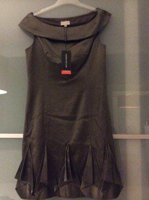 Süßes Kleid von Karen Millen