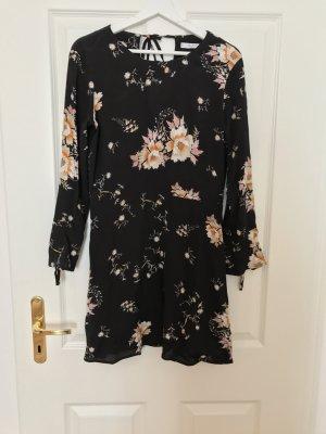 Süßes Kleid von Mango mit Blumen
