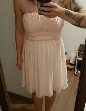 Süßes Kleid von P & C