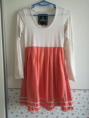 süßes Kleid von Superdry