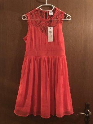 Süßes Kleid von Vero Moda