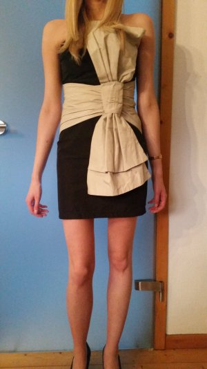 süßes Kleidchen von ASOS 36 trägerlos