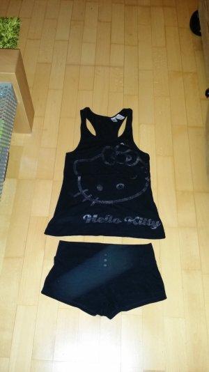 Süßes Kleidungsset von Hello Kitty Gr Xs 32-34