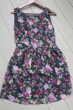 süßes kurzes Sommerkleid mit Blumenprint von Buffalo / Größe 36