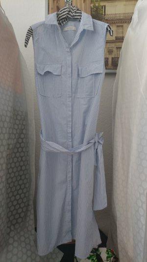 Süßes maritimes Streifen-Kleid