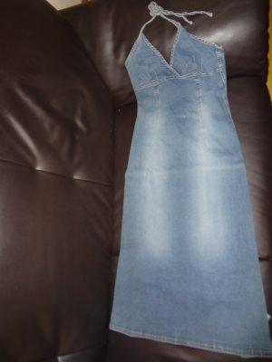 Süßes Neckholder Jeanskleid