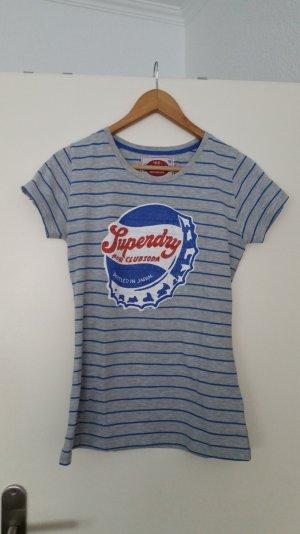 süsses neuwertiges tshirt von superdry