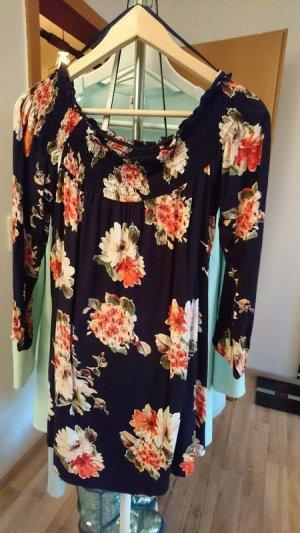 Süßes Offshoulder Sommerkleid mit Blumenmuster